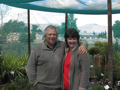 0. Theuns and Susie Henn